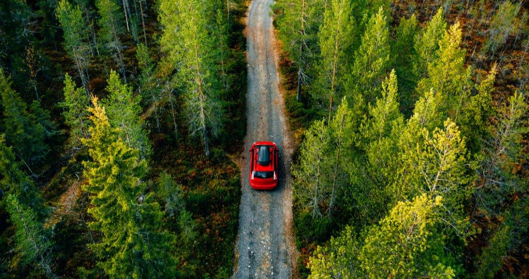 Ministrul Mediului: Mașinile care intră în parcurile naturale să fie confiscate