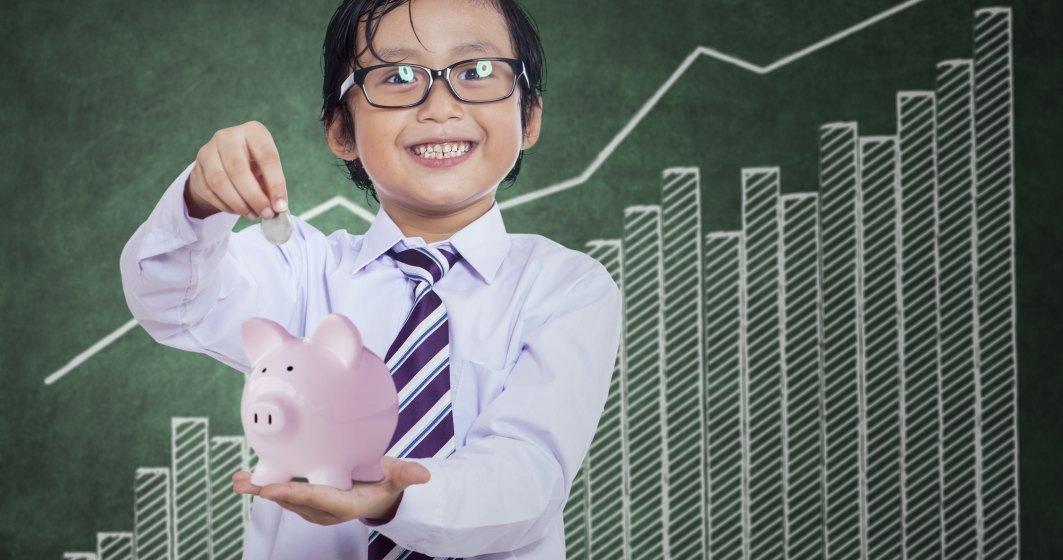 """Programul de educatie financiara pentru elevi """"Schimbam vieti"""" continua si in lunile de vara"""
