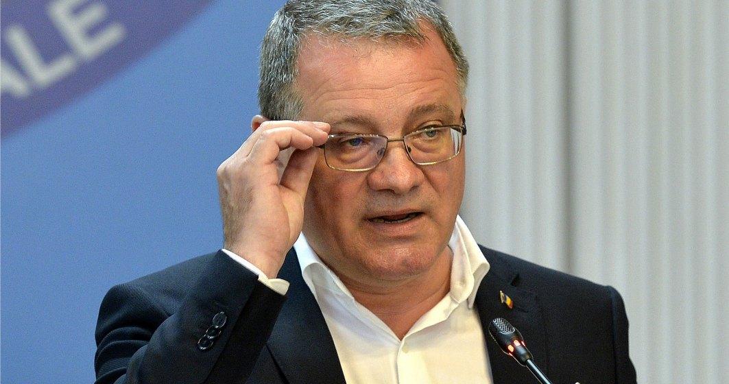 """Ministrul Agriculturii, Adrian Oros, participă la Conferința """"Agricultura Viitorului"""", organizată de Wall-Street.ro în data de 11 iunie"""