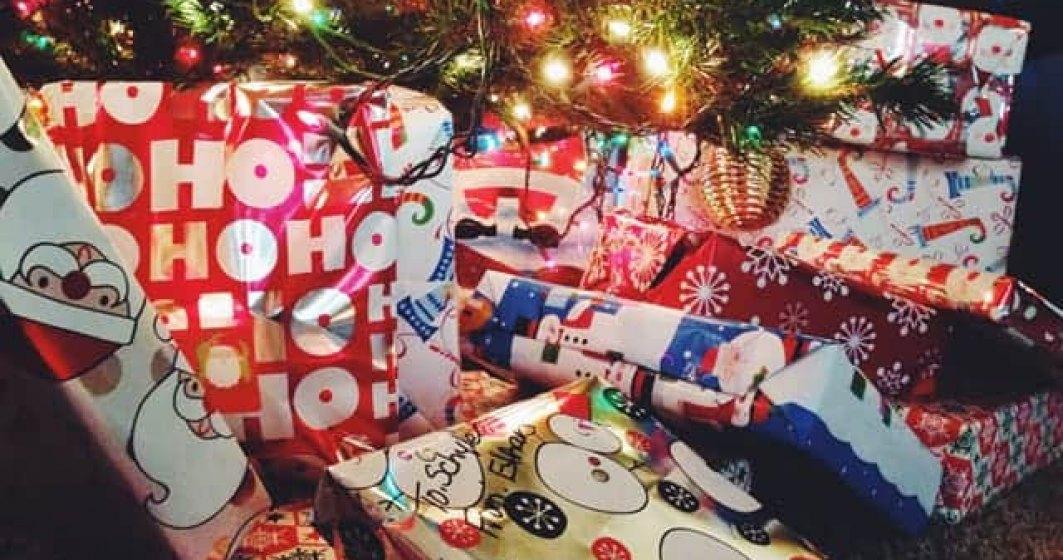 (P) 5 idei de cadouri ieftine de Crăciun pe care le poți comanda online cu livrare rapidă