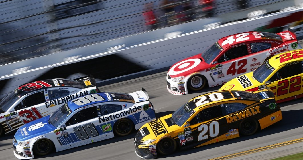 Act de rasism la adresa unui pilot NASCAR: i-au pus un ștreang în garaj
