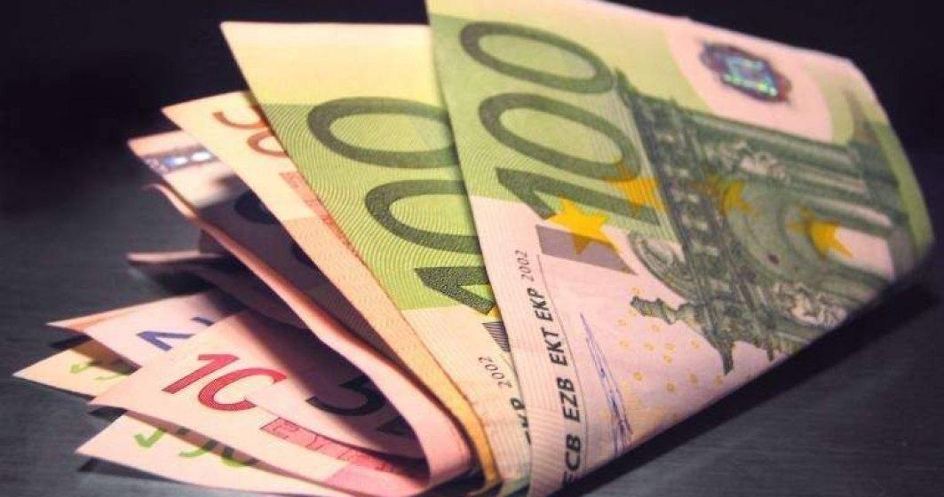 Vesti proaste: CFA anticipeaza un curs de 4,82 lei/euro in urmatoarele luni