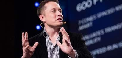 """Elon Musk a scris pe Twitter că el și Bill Gates nu sunt """"amanți"""""""