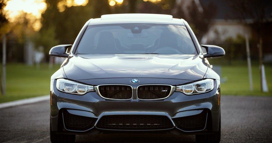 Criza de semiconductori continuă: BMW oprește producția pentru o săptămână