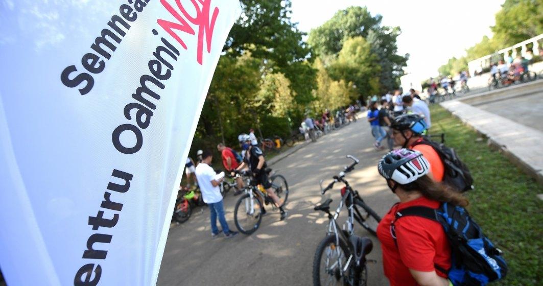 Marsul Biciclistilor, un protest fata de administratia Gabriela Firea; aproximativ 1.000 de participanti prezenti la start
