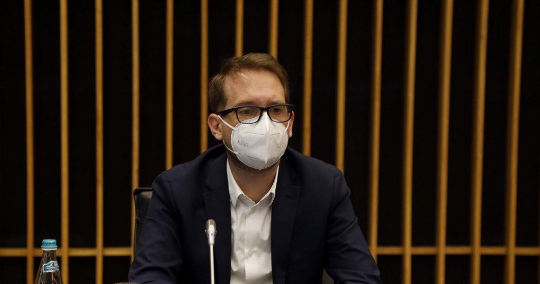 Dominic Fritz, despre eliminarea restricțiilor pentru vaccinați: Este o victorie a normalității