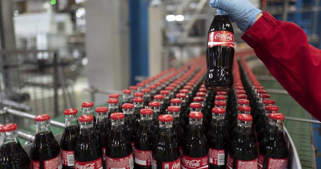 Coca-Cola vrea ca până în 2030 să colecteze toate sticlele din piață