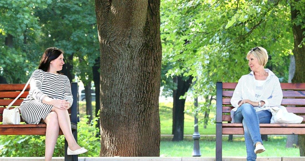 Un consilier PSD cere eliminarea băncilor din parcuri pentru ca bătrânii şi copiii să stea acasă