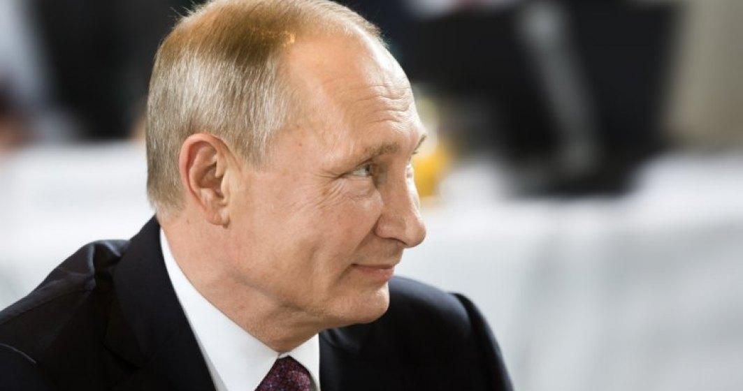 Alegeri in Rusia: Asa cum era de asteptat, sondajele la iesirea de la urne il arata castigator din primul tur pe Vladimir Putin