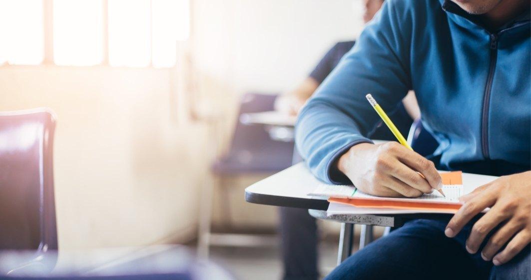 Examenele naționale se desfășoară după calendarul deja stabilit
