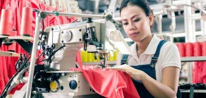 Importul de forță de muncă, un colac de salvare pentru mulți angajatori din...
