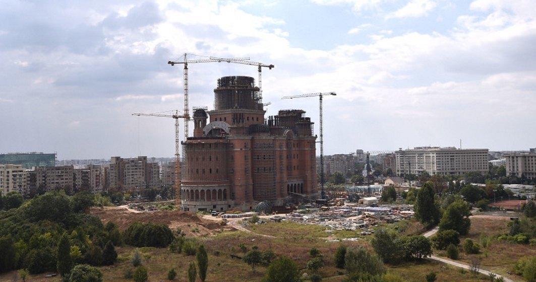 Proiect de rectificare bugetara: Primaria Capitalei vrea sa mai dea 10 milioane de lei pentru Catedrala Mantuirii Neamului