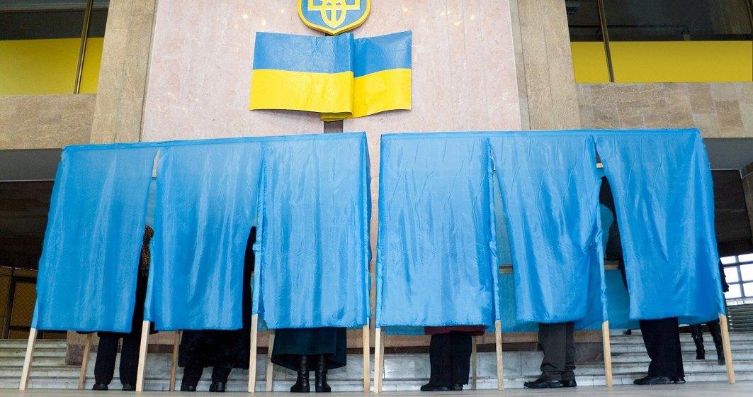 Primul tur al alegerilor prezindentiale in Ucraina; Un actor de comedie, principalul favorit in sondaje