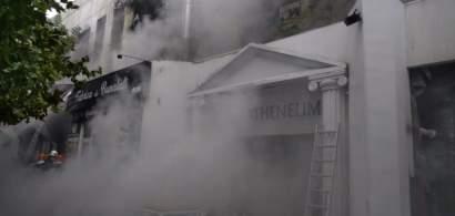 Incendiu în Piața Delfinului din Capitală, cu mari degajări de fum