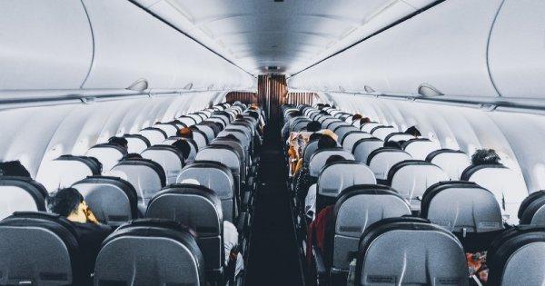 Țara care nu mai permite consumul de alimente la bordul avioanelor