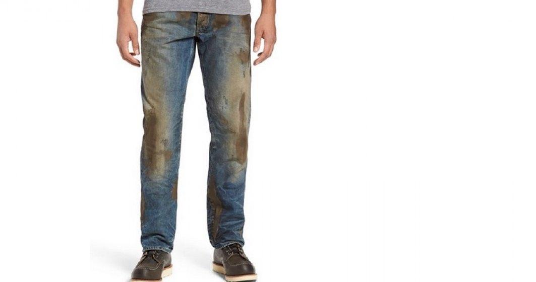 """Nordstrom lanseaza jeans """"de firma"""" acoperiti cu noroi. Pret 1.900 lei"""