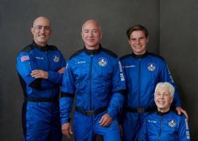 Mesajul lui Jeff Bezos, după călătoria în spațiu: Terra este un mic obiect...