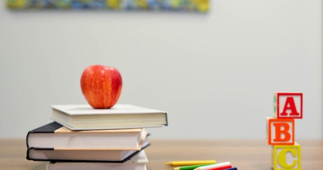 Elevii din anii terminali se întorc la şcoală, până pe 12 iunie urmând să facă pregătire pentru examenele naţionale