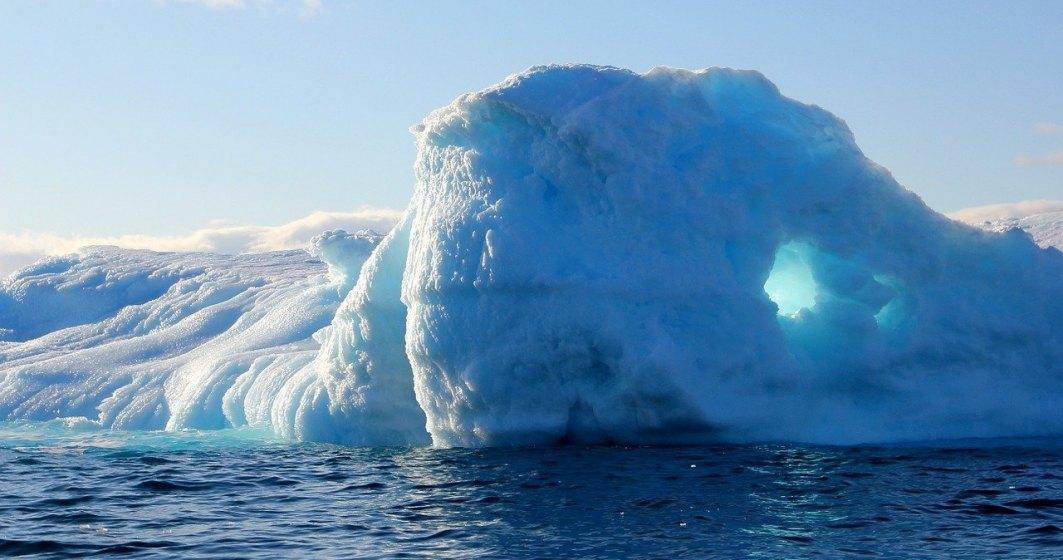 Încălzirea globală face ravagii: a plouat pentru prima dată în cel înalt punct din Groenlanda