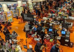 Amazon lansează o nouă tehnologie: Cum vor putea clienții să iasă din magazin...
