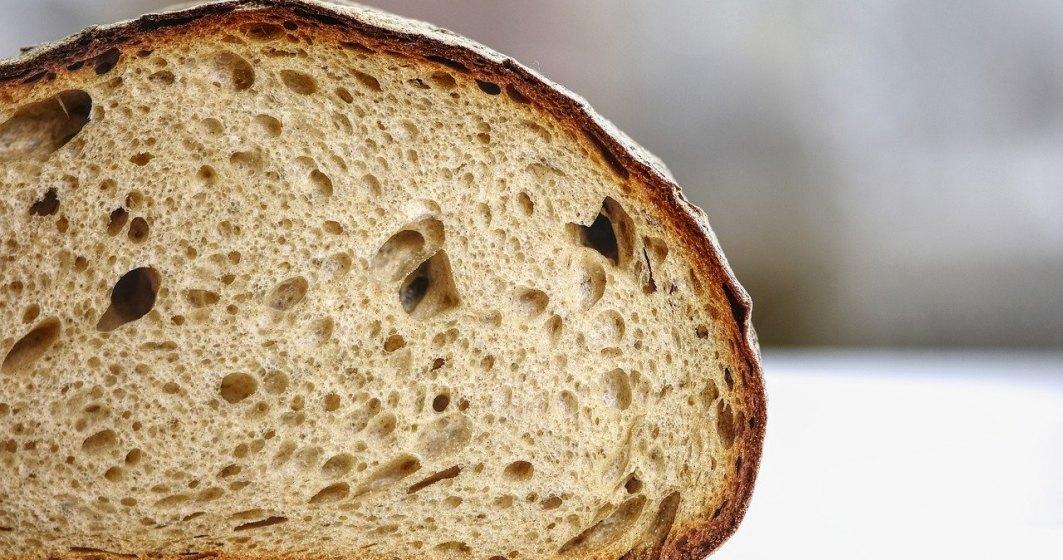 """CNA a interzis reclama Vel Pitar cu pâinea """"fără virus gripal"""""""