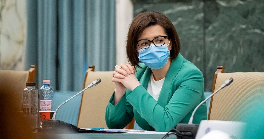 Ministrul Sănătății: Renunțarea la mască din 1 august este fezabilă pentru spațiile mari și neaglomerate