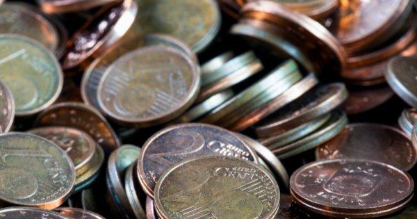 Cearta marilor bancheri: Se vor stinge curând scumpirile sau abia au început?