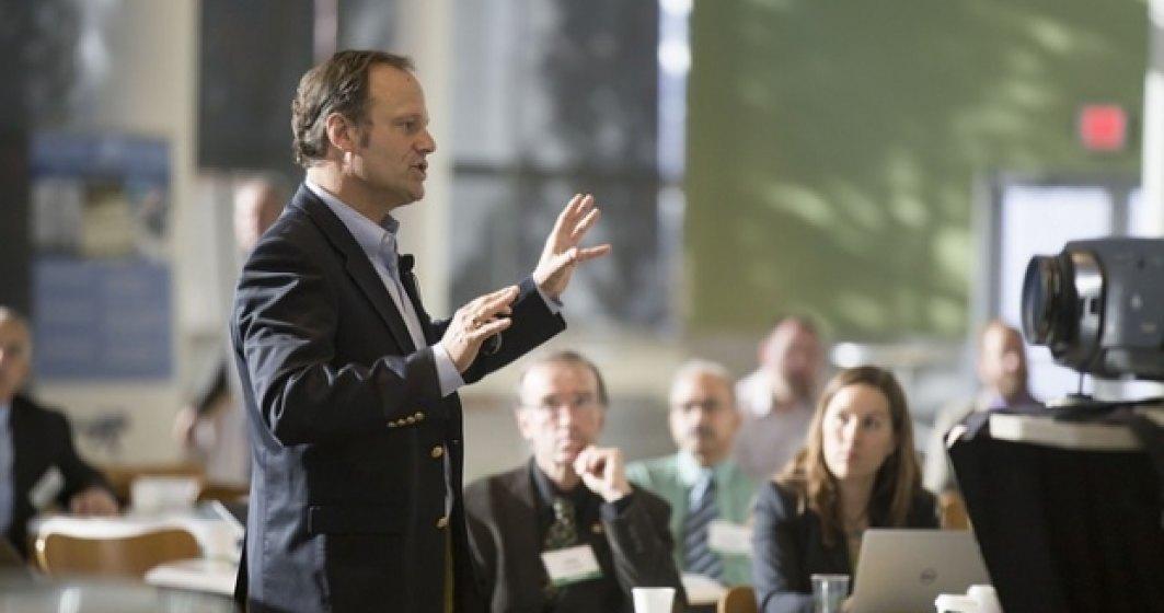 Esti speaker la evenimente? Cum sa iti construiesti discursul in asa fel incat sa atragi audienta