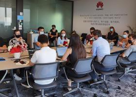 """Huawei a lansat """"Seeds for the Future"""", un program pentru tinerii pasionați..."""