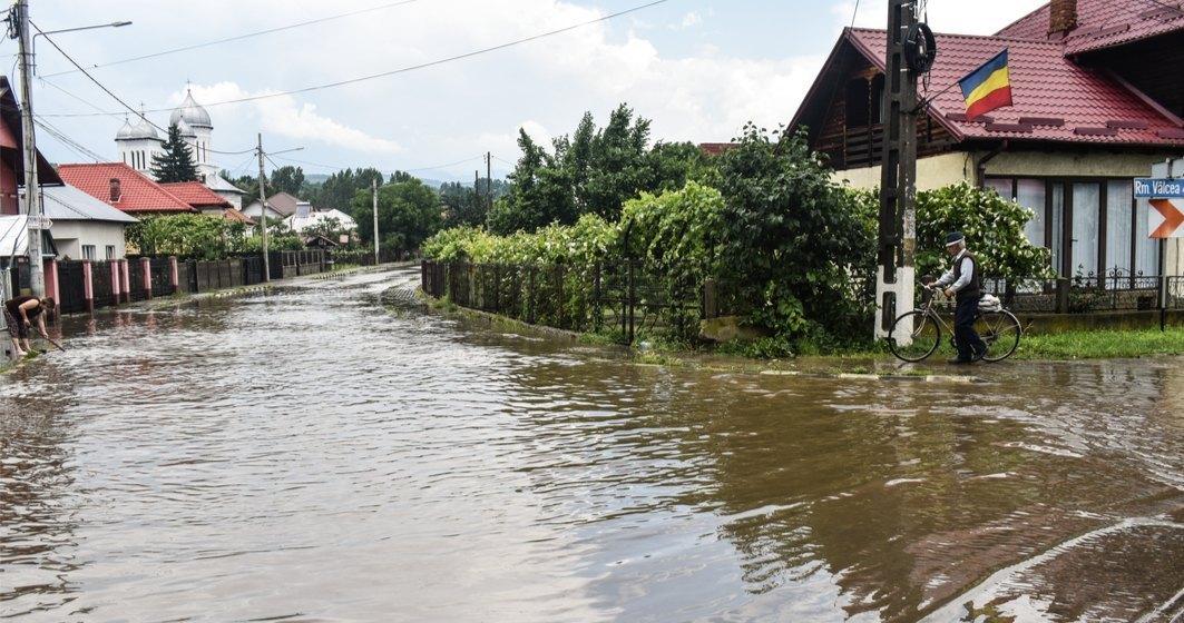 Guvernul alocă 353 milioane lei localităților afectate de inundații din 14 județe
