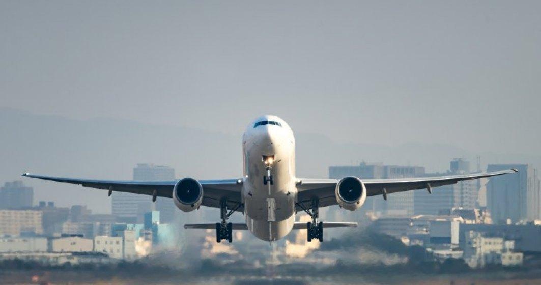 Un avion Wizz Air s-a intors pe Aeroportul Henri Coanda dupa impactul cu o pasare