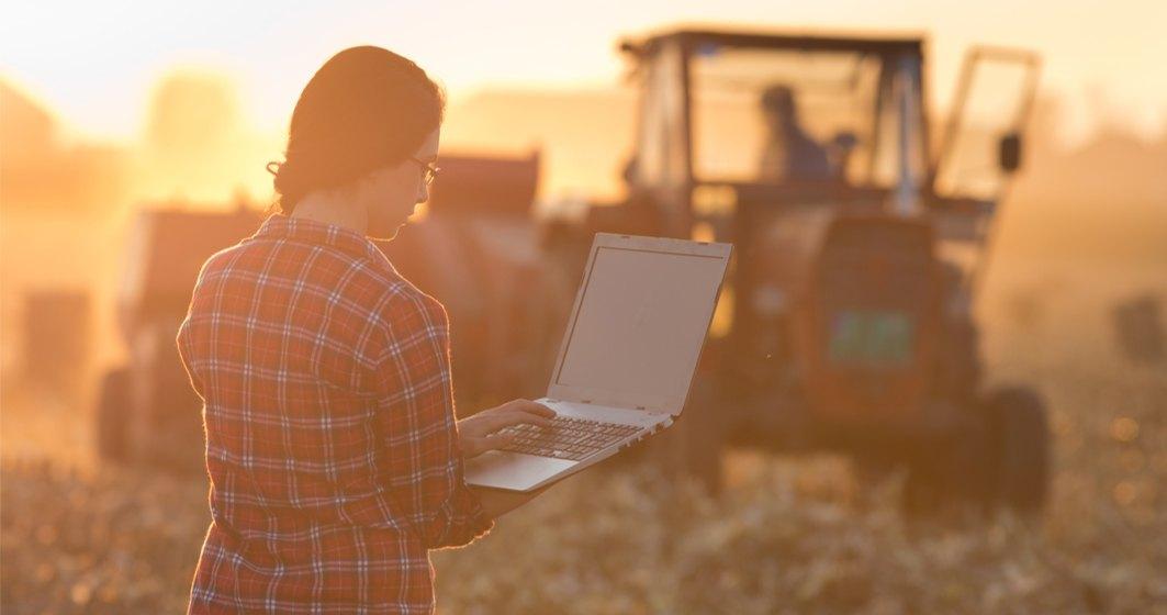 "Cum incearca ING sa convinga fermierul roman sa isi puna ferma ""pe calculator"""