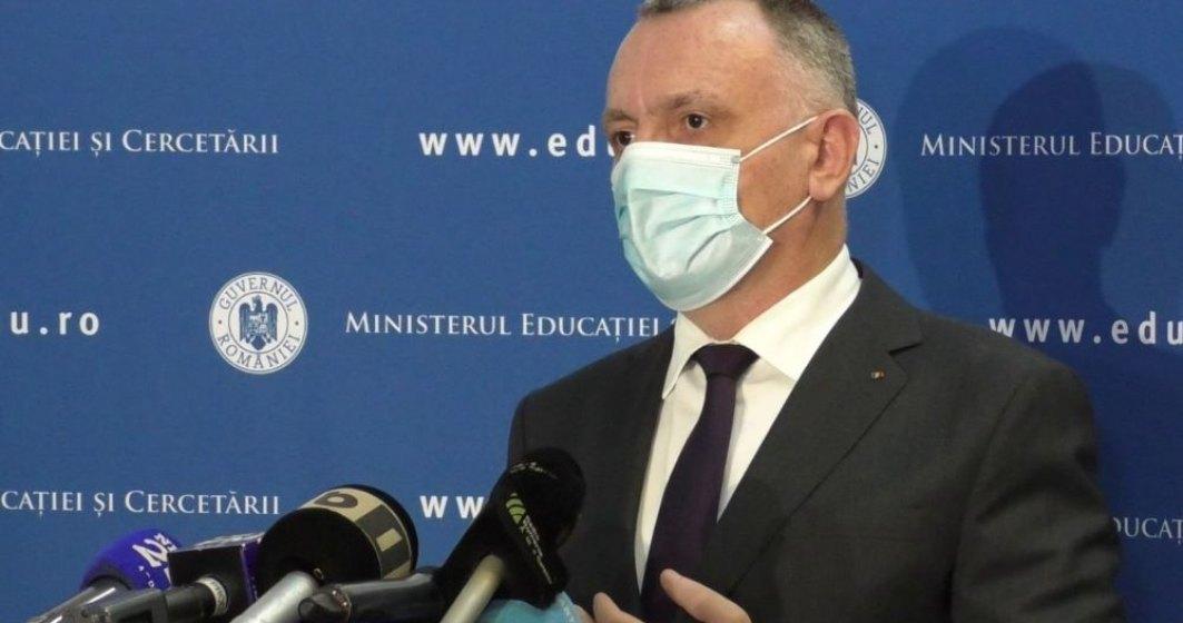 Ce spune ministrul Educației despre decalarea vacanțelor școlare în funcție de regiuni