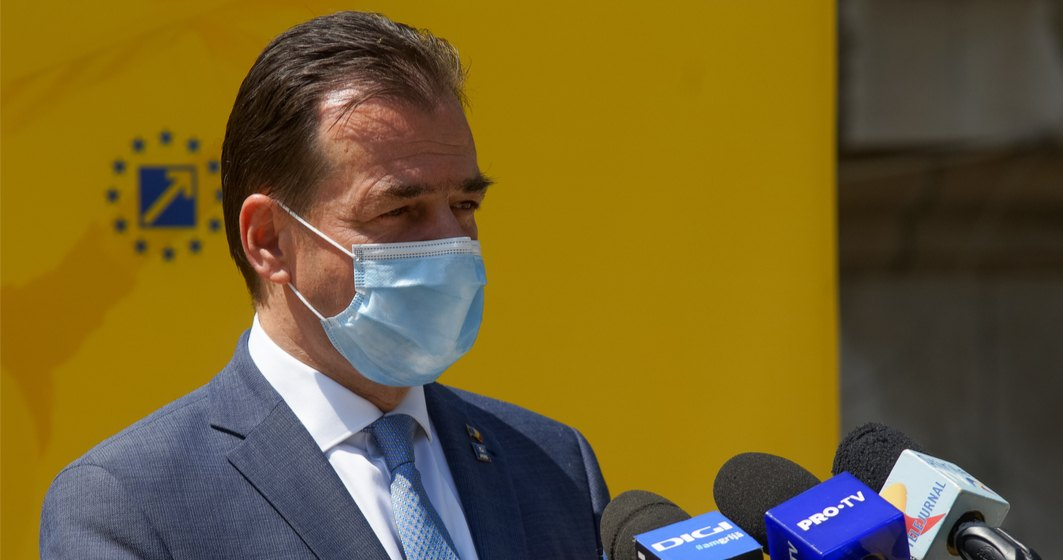"""Orban: Adolescenții sunt """"răspândaci"""" de virus; nu se infectează la școală"""