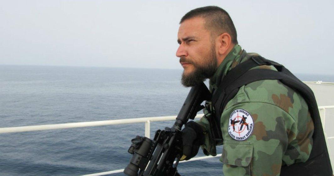 Viata ca in filme: Romanul care infrunta furtunile si lupta contra piratilor