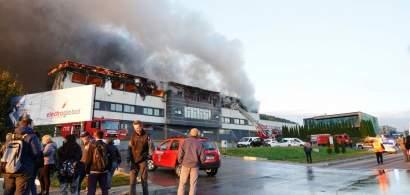 UPDATE Nicio victimă în urma incendiului puternic din Parcul Industrial Tetarom