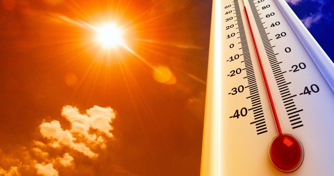 Vreme caniculară în 17 judeţe şi Bucureşti: posibile averse sâmbătă şi duminică