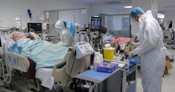 Raport OMS: Între 80.000 şi 180.000 de cadre medicale au decedat din cauza COVID