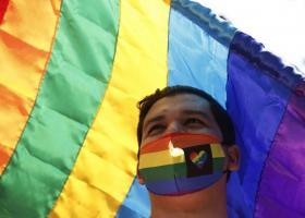 UE ar putea sancționa România pentru că nu a recunoscut căsătoria dintre...