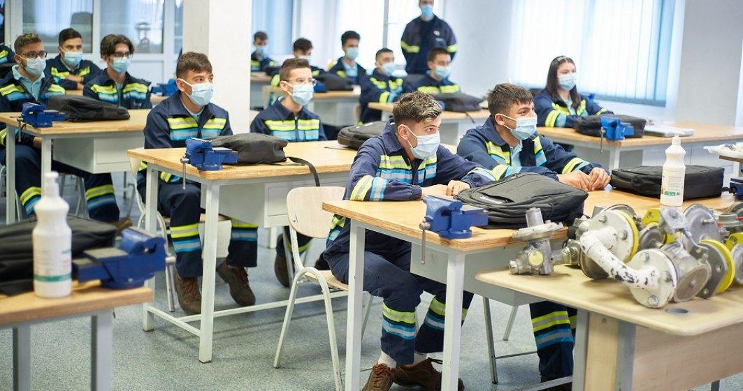 54 de tineri instalatori, angajați de ENGIE România după ce au urmat cursuri în cadrul companiei