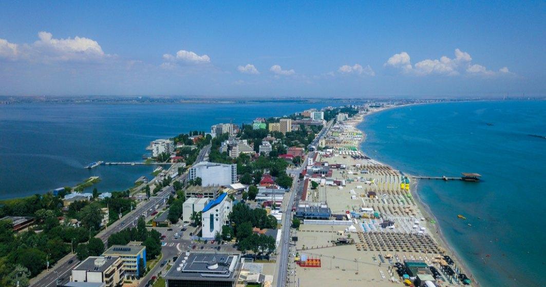 Minutul și rezervarea pentru litoralul românesc: cât dau turiștii pe o vacanță la mare