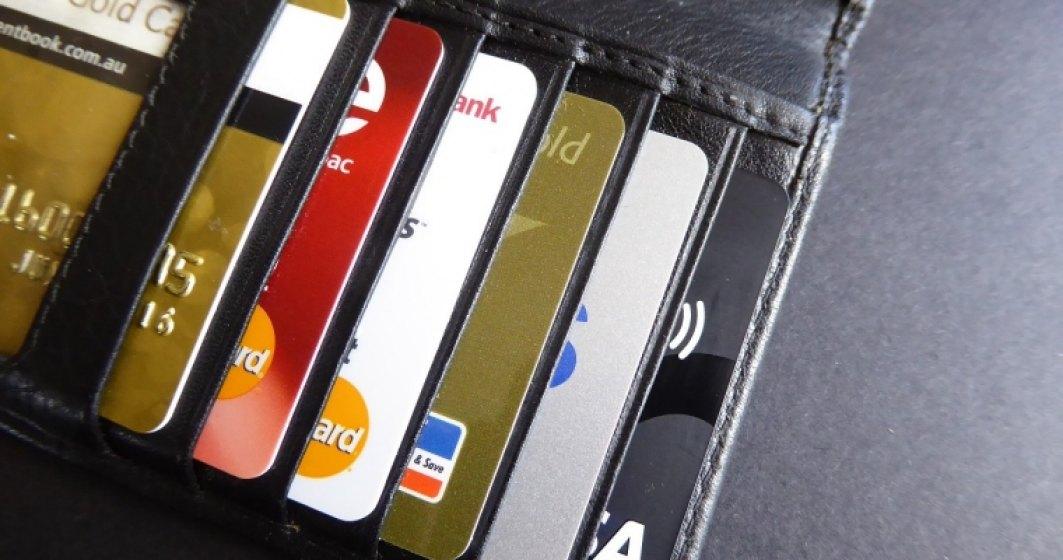 Politia da sfaturi pentru utilizarea cardurilor bancare. Cum sa-ti protejezi cardul si banii