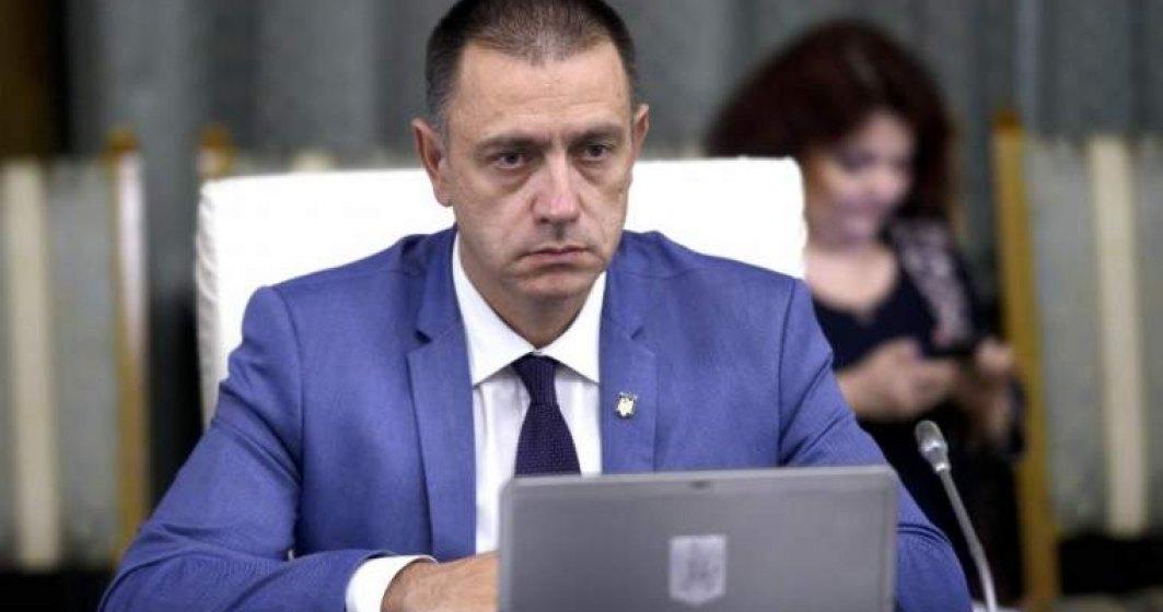Inca o gafa a Guvernului Dancila. Ministrul Apararii: Romania are in baza miliara de la Deveselu rachete balistice