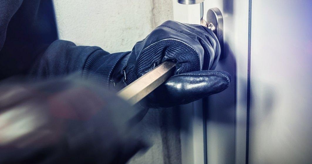 Franța: Hoți arestați după ce au uitat la locul faptei declarația pe proprie răspundere