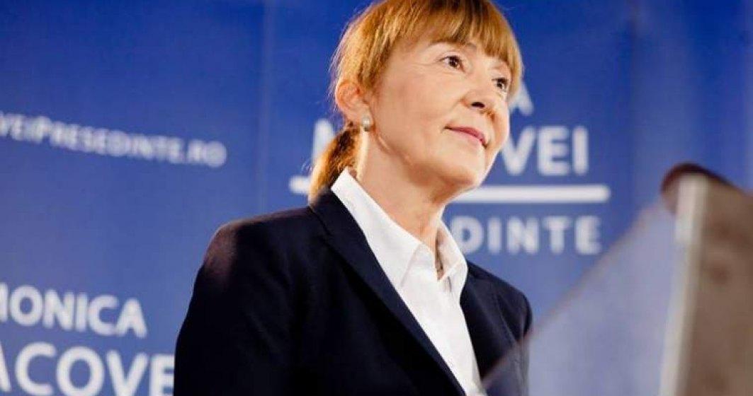 Monica Mavocei: Toader a publicat noaptea, ca hotii, proiectele de modificare a legilor justitiei