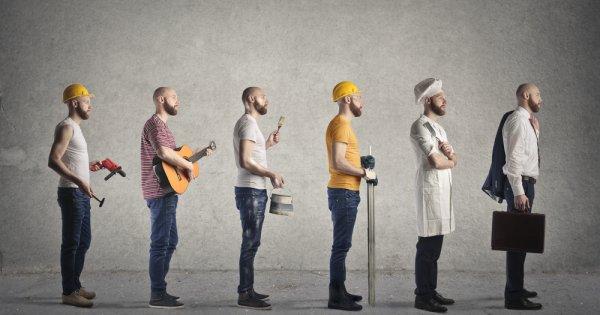 SONDAJ: Unul din doi angajați ia în calcul schimbarea locului de muncă în 2021