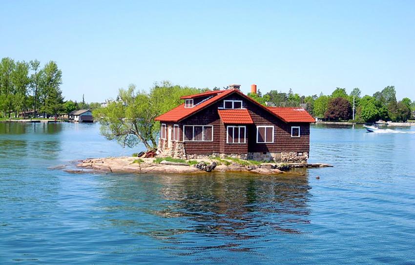 casă pe insulă