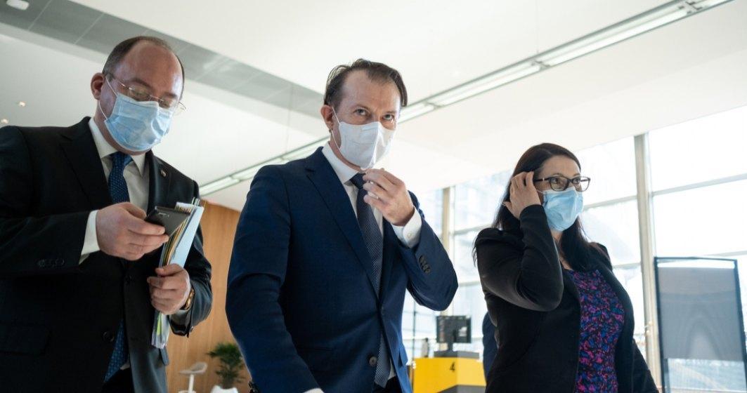 Cîţu: În toamnă putem renunţa la mască dacă mergem cât mai mulţi să ne vaccinăm