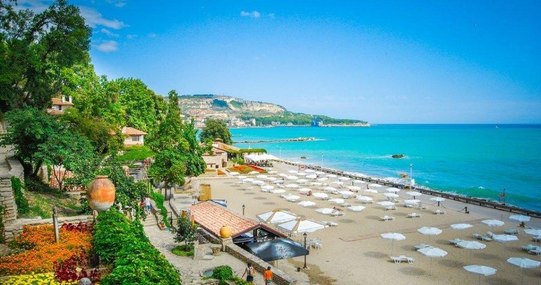 Staţiunile goale de pe litoralul bulgăresc se pregătesc pentru o vară dură