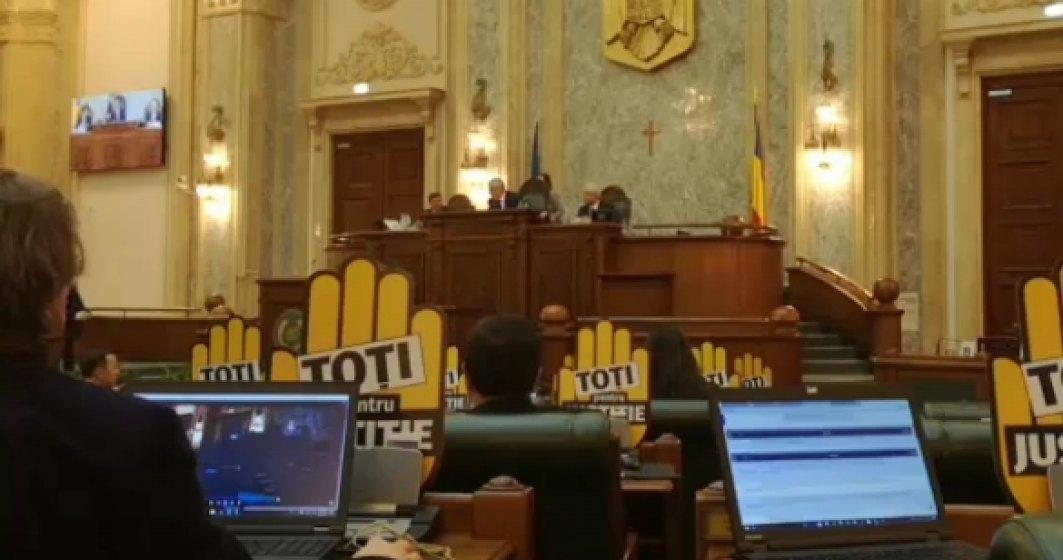 Protest in Senat fata de modificarile legilor justitiei
